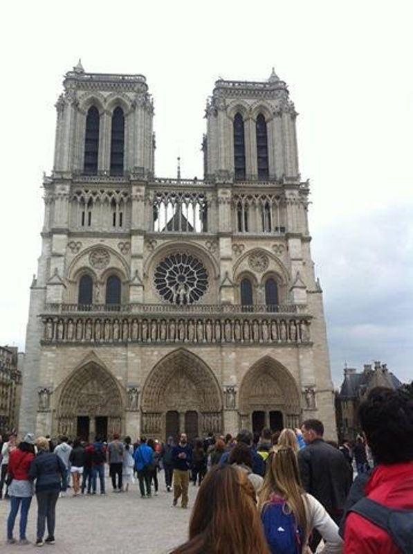 https: img-z.okeinfo.net content 2017 10 09 406 1792100 backpacker-diary-notre-dame-de-paris-katedral-gothic-tercantik-di-dunia-ofIwsaEGGC.jpg