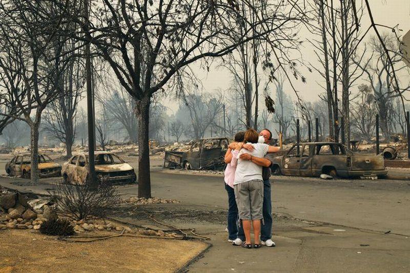 https: img-z.okeinfo.net content 2017 10 11 18 1793280 korban-terus-bertambah-kebakaran-di-california-tewaskan-17-orang-Wmr7L1Er5K.jpg