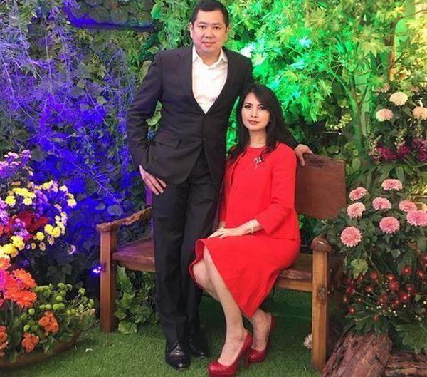 https: img-z.okeinfo.net content 2017 10 11 598 1793696 hut-global-tv-hadir-di-perayaan-amazing15-hary-tanoesoedibjo-dan-istri-tebar-senyum-rhpUnoql65.JPG