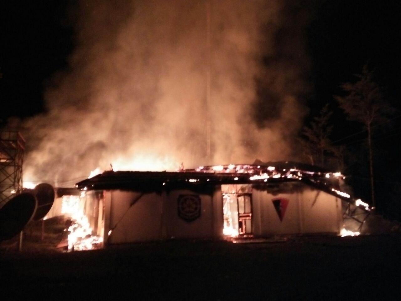 https: img-z.okeinfo.net content 2017 10 13 340 1794605 duh-kantor-satpol-pp-tolikara-papua-habis-terbakar-nPvVUzF7mV.jpg