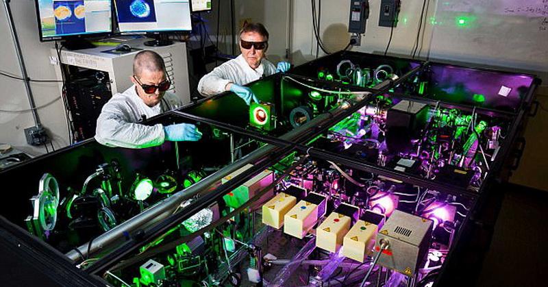 https: img-z.okeinfo.net content 2017 10 19 56 1798915 wow-laser-paling-kuat-di-dunia-tambah-kekuatan-3-kali-lipat-untuk-apa-hmczpr8v4P.jpg