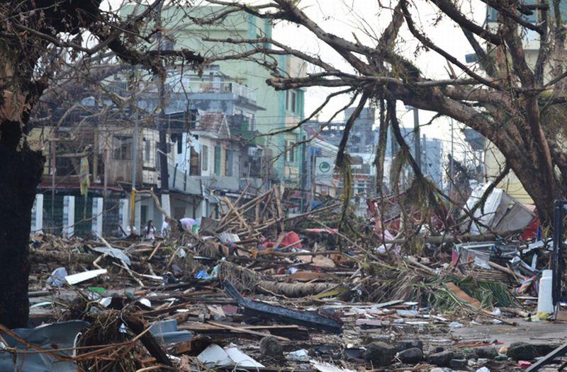 https: img-z.okeinfo.net content 2017 11 04 18 1808560 historipedia-pembalakan-liar-sebabkan-banjir-bandang-dan-tanah-longsor-di-filipina-hampir-3-000-orang-tewas-CsutdB0fLV.jpg