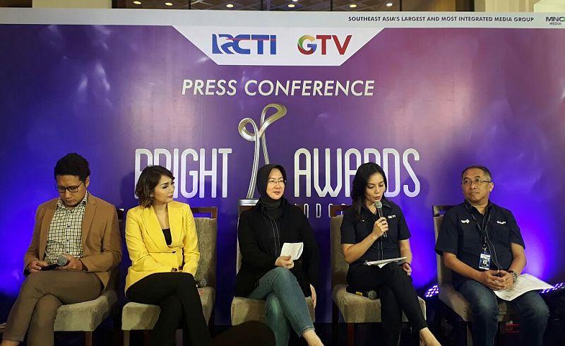 https: img-z.okeinfo.net content 2017 11 06 320 1809259 bright-awards-indonesia-ajang-mencari-ikan-berkualitas-di-indonesia-ojJapql6iN.jpg