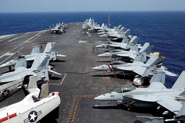 https: img-z.okeinfo.net content 2017 11 07 18 1809770 oalah-pelaut-as-ditabrak-pesawat-di-dek-kapal-induk-uss-carl-vinson-Rfz119b40s.jpg