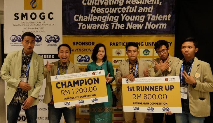 https: img-z.okeinfo.net content 2017 11 10 65 1811795 tepuk-tangan-mahasiswa-ugm-raih-juara-kompetisi-geosains-internasional-di-malaysia-kAH5biM2Ni.jpg