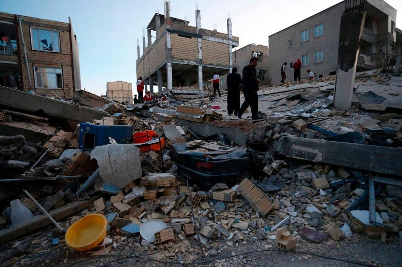 https: img-z.okeinfo.net content 2017 11 13 18 1813154 duka-mendalam-korban-tewas-gempa-iran-irak-tembus-angka-210-orang-wIgJVWMpXl.jpg