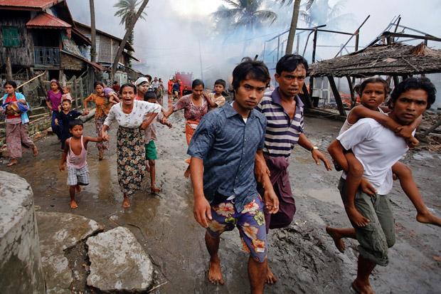 https: img-z.okeinfo.net content 2017 11 14 18 1813859 hmm-militer-myanmar-bantah-aksi-kekejaman-terhadap-muslim-rohingya-czhp3kVL5e.jpg