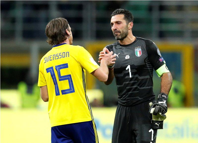 https: img-z.okeinfo.net content 2017 11 14 51 1813709 timnas-italia-gagal-lolos-ke-piala-dunia-2018-cannavaro-angkat-topi-untuk-buffon-tF0HQet1rM.JPG