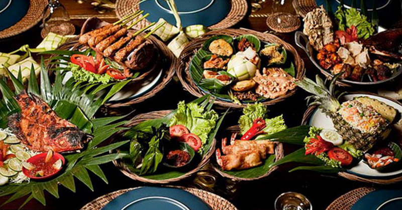 https: img-z.okeinfo.net content 2017 11 16 298 1815215 wisman-mulai-minati-wisata-kuliner-indonesia-pameran-kuliner-internasional-kian-dilirik-loLLTolqnM.jpg