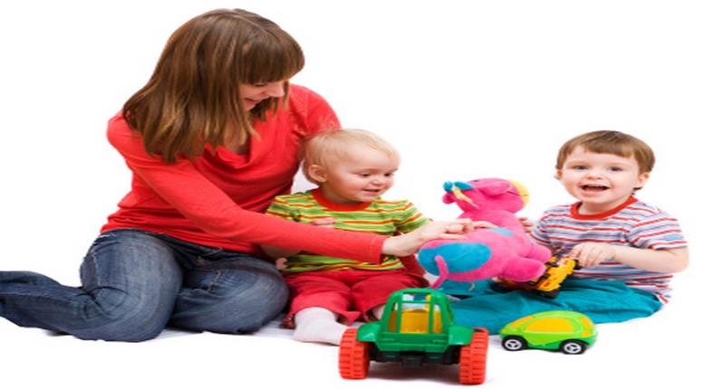 https: img-z.okeinfo.net content 2017 12 07 196 1826705 kebanyakan-mainan-membuat-kreativitas-anak-jadi-terbatas-SLx39AGBgR.jpg