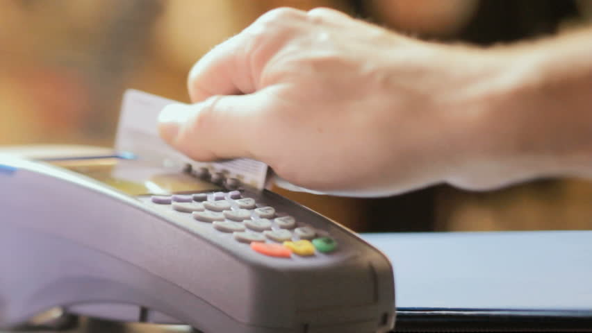 https: img-z.okeinfo.net content 2017 12 07 320 1826818 bca-terapkan-skema-baru-biaya-kartu-debit-awal-2018-Eqrycp17Ua.jpg