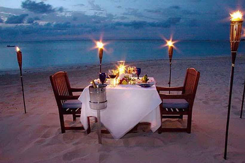 https: img-z.okeinfo.net content 2017 12 08 298 1827243 ingin-ajak-pasangan-dinner-romantis-tapi-lagi-bokek-ikuti-6-trik-ini-ZL3ksI2OiA.jpg
