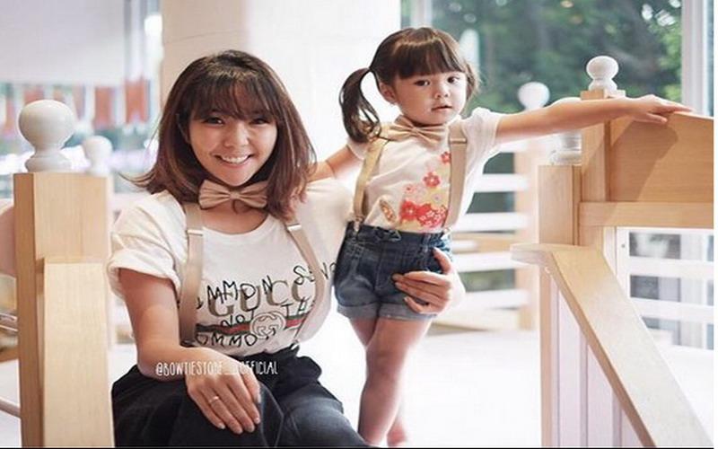 https: img-z.okeinfo.net content 2017 12 12 194 1829282 menggemaskan-5-anak-artis-dengan-tampilan-fashionable-bdMznbbluW.jpg
