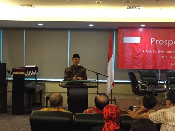 https: img-z.okeinfo.net content 2017 12 16 337 1831325 bicara-di-seminar-perhimpunan-indonesia-tionghoa-ketum-icmi-harapkan-sinergitas-dan-minimalkan-kesenjangan-CHns8hUJbr.jpg