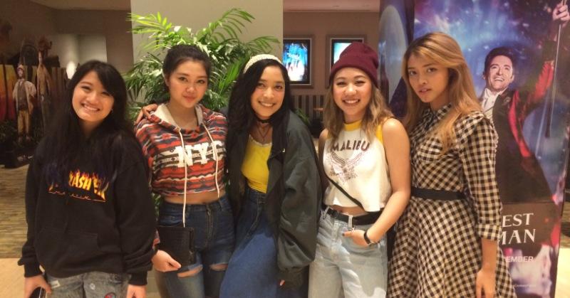 https: img-z.okeinfo.net content 2017 12 22 205 1834279 girlband-indonesia-sedang-sepi-soul-sisters-tetap-pede-berkarier-GlNKpAKf8y.jpeg