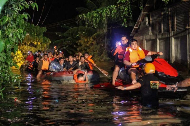 https: img-z.okeinfo.net content 2017 12 24 18 1835184 jumlah-korban-tewas-akibat-badai-tropis-di-filipina-capai-182-orang-IzLtPIsrpF.jpg