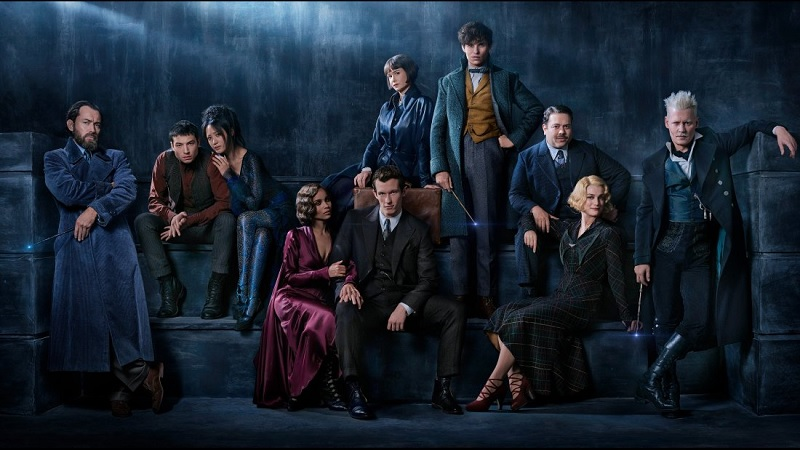 https: img-z.okeinfo.net content 2018 01 02 206 1838641 unggah-foto-dumbledore-muda-ini-sinopsis-fantastic-beasts-the-crimes-of-grindelwald-GG4eJ2Idix.jpg