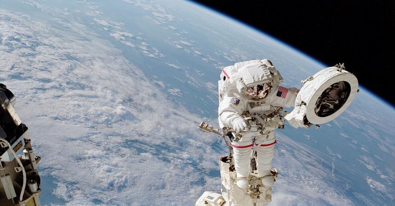 https: img-z.okeinfo.net content 2018 01 10 56 1842723 5-mitos-seputar-astronot-yang-dijelaskan-nasa-Q378EC9nqN.jpg
