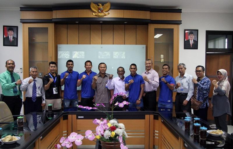 https: img-z.okeinfo.net content 2018 01 11 51 1843354 prakiraan-susunan-pemain-indonesia-selection-vs-timnas-islandia-zxwdQ2Znnf.jpg