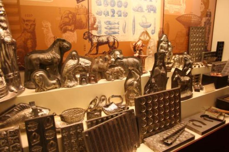 https: img-z.okeinfo.net content 2018 01 14 406 1844718 museum-choco-story-mengenal-cokelat-belgia-lebih-dalam-dengan-cara-unik-3T3dY8AYVK.jpeg