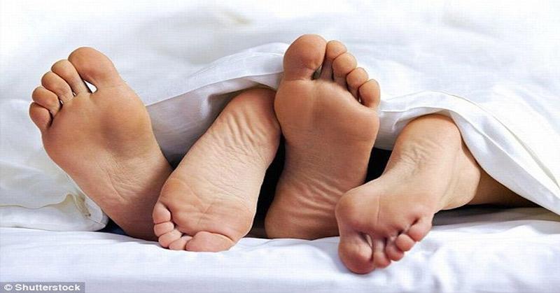https: img-z.okeinfo.net content 2018 01 14 525 1844695 diduga-pesta-seks-5-pasangan-gay-diamankan-polisi-di-cianjur-LN9nES31UR.jpg