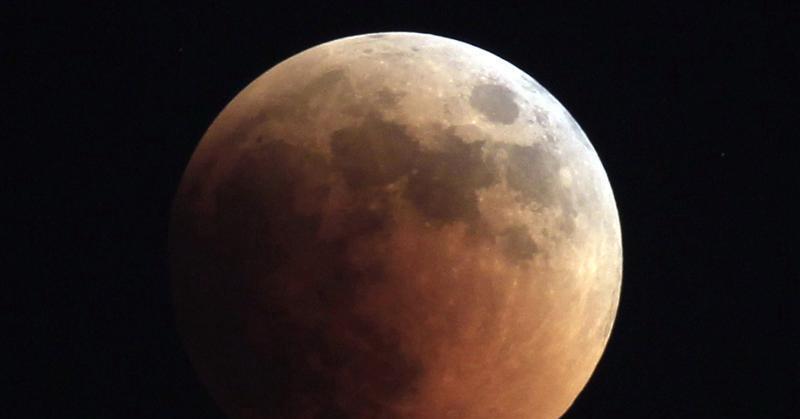 https: img-z.okeinfo.net content 2018 01 23 56 1848926 gerhana-bulan-total-terlihat-di-seluruh-indonesia-pada-31-januari-2018-KWJnEroUqR.jpg