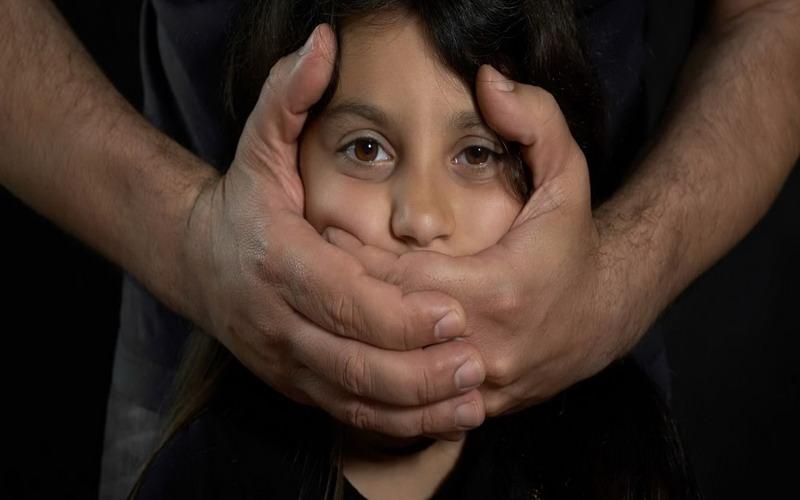 https: img-z.okeinfo.net content 2018 01 26 196 1850674 tingginya-kasus-pelecehan-kekerasan-perempuan-anak-penyandang-disabilitas-harus-dapat-perlindungan-hukum-We65KlJIIy.jpg