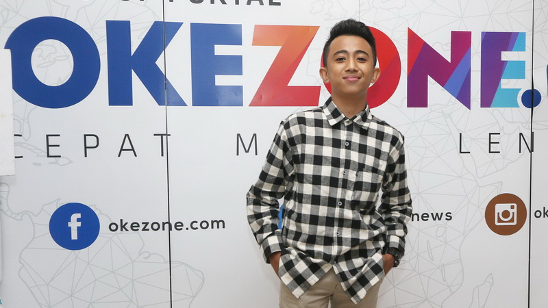https: img-z.okeinfo.net content 2018 01 27 205 1851159 sentuhan-broadway-di-single-terbaru-bukti-rian-idol-junior-perkaya-wawasan-musik-DJozSzA01d.jpg