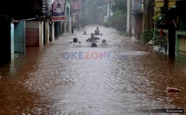 https: img-z.okeinfo.net content 2018 02 05 338 1855117 jakarta-mulai-dikepung-banjir-r2SXkH4nqB.jpg