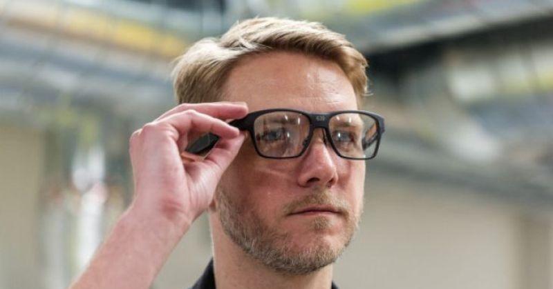 https: img-z.okeinfo.net content 2018 02 08 57 1856526 intel-perkenalkan-kacamata-pintar-vaunt-apa-saja-fiturnya-4fEizoxc7E.jpg