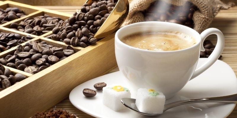 https: img-z.okeinfo.net content 2018 02 10 320 1857578 5-tips-berbisnis-kedai-kopi-yang-harus-anda-tahu-jRYnLSBYdy.jpg