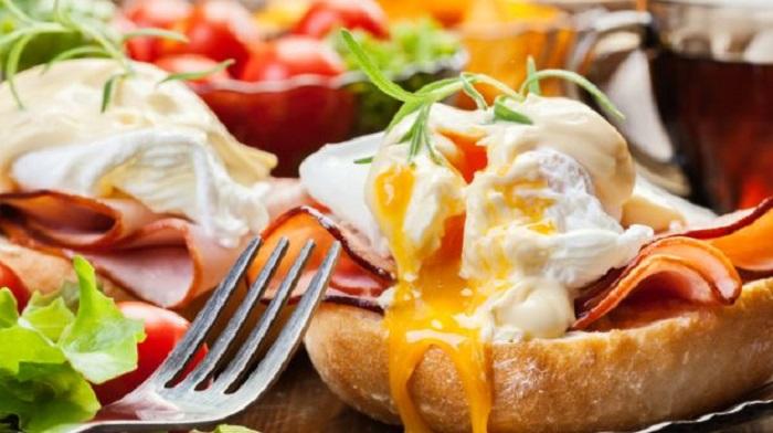 https: img-z.okeinfo.net content 2018 02 12 298 1858630 5-ide-menu-sarapan-mudah-nan-romantis-di-hari-valentine-Tvc13VOWcq.jpg
