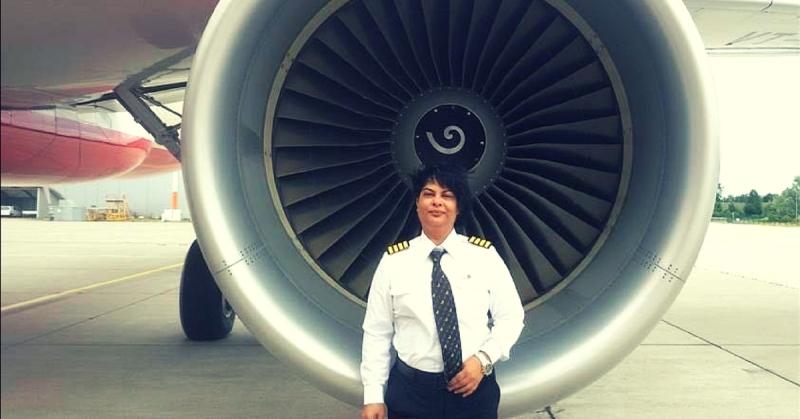 https: img-z.okeinfo.net content 2018 02 13 18 1858954 manuver-brilian-perempuan-pilot-india-hindarkan-pesawat-dari-tabrakan-EJTdHcNnrk.jpg