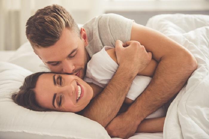 https: img-z.okeinfo.net content 2018 02 13 481 1859114 pasangan-dengan-kehidupan-seks-yang-bagus-lebih-mungkin-selingkuh-MikWM9jkt2.jpg
