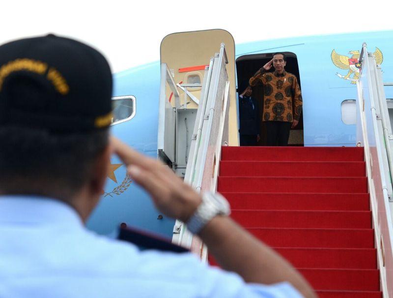 https: img-z.okeinfo.net content 2018 02 15 337 1859877 jokowi-hadiri-pertemuan-forum-rektor-indonesia-di-makassar-bcfS03qucc.jpg