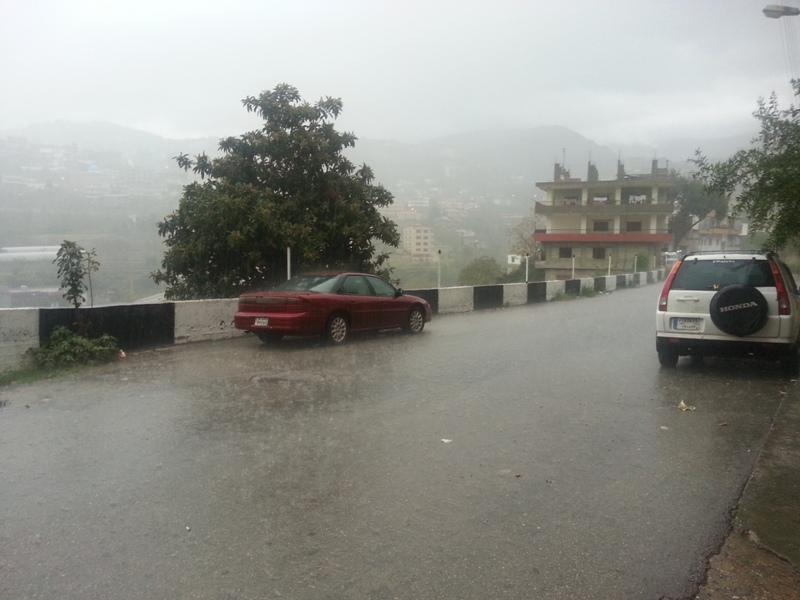 https: img-z.okeinfo.net content 2018 02 19 18 1861761 hujan-lebat-akibatkan-banjir-di-seluruh-lebanon-PV4sWGA5zr.jpg
