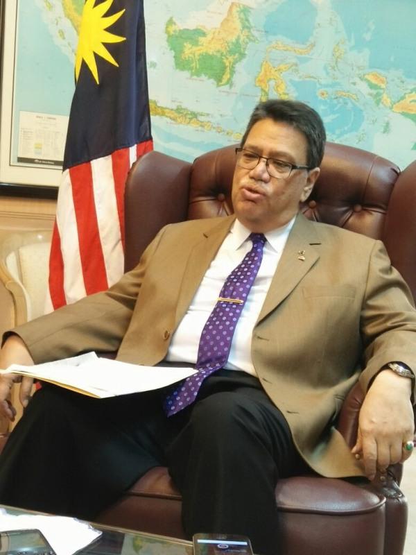 https: img-z.okeinfo.net content 2018 02 21 18 1862738 dubes-malaysia-moratorium-bukan-solusi-selesaikan-masalah-tki-piVmqqKw53.jpg