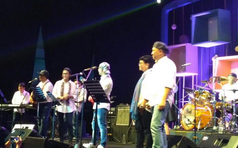 https: img-z.okeinfo.net content 2018 03 03 205 1867350 aksi-menteri-kabinet-kerja-jokowi-gemparkan-panggung-java-jazz-festival-2018-LiPQBB95Ij.jpg
