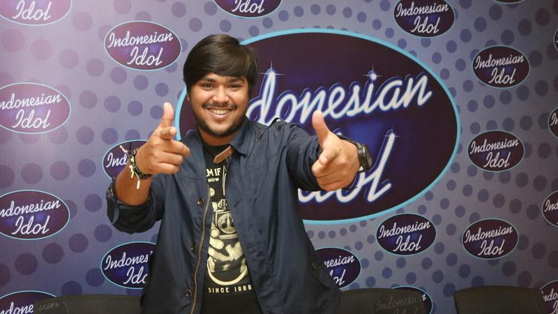 https: img-z.okeinfo.net content 2018 03 05 598 1868246 mengenang-abdul-nangis-di-panggung-top-8-indonesian-idol-karena-ayah-51tirlFWnb.jpg