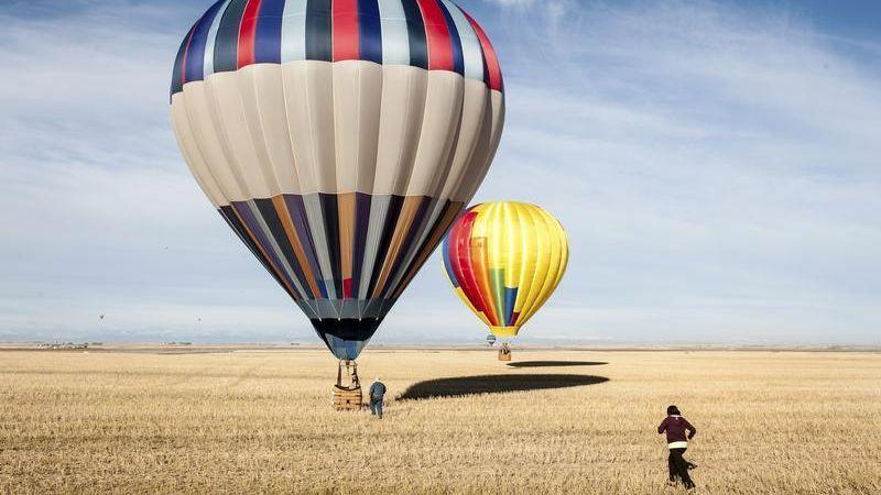 https: img-z.okeinfo.net content 2018 03 06 56 1868887 cerita-penerbangan-balon-udara-yang-awalnya-ditumpangi-domba-bebek-Fng5mTwpp9.jpg