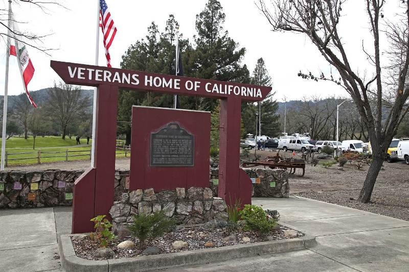 https: img-z.okeinfo.net content 2018 03 10 18 1870692 penyanderaan-di-rumah-veteran-california-berakhir-pelaku-dan-3-sandera-tewas-lTtoMRiGXr.jpg