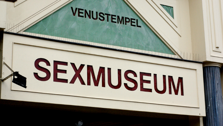 https: img-z.okeinfo.net content 2018 03 10 406 1870869 museum-di-belanda-tawarkan-hal-berbau-erotisme-1LvRvftwCd.jpg