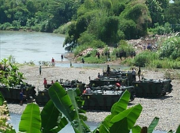 https: img-z.okeinfo.net content 2018 03 11 337 1870930 dpr-minta-penyelidikan-mendalam-insiden-tank-tni-tenggelam-di-sungai-wVzJG2jT9d.jpg