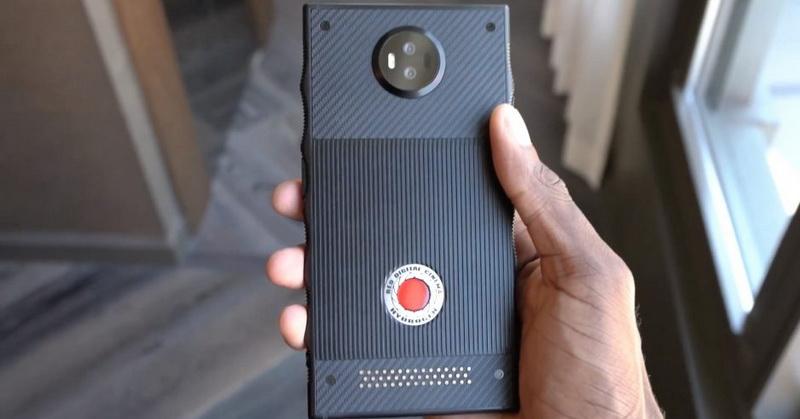 https: img-z.okeinfo.net content 2018 03 12 57 1871646 spesifikasi-smartphone-red-hydrogen-one-hingga-instagram-dan-snapchat-blokir-giphy-9JKpRnngv8.jpg