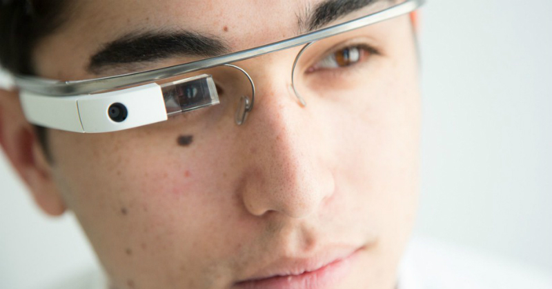 https: img-z.okeinfo.net content 2018 03 12 57 1871671 polisi-china-pakai-kacamata-ai-dengan-teknologi-pengenal-wajah-ju6ycKdcMl.jpg