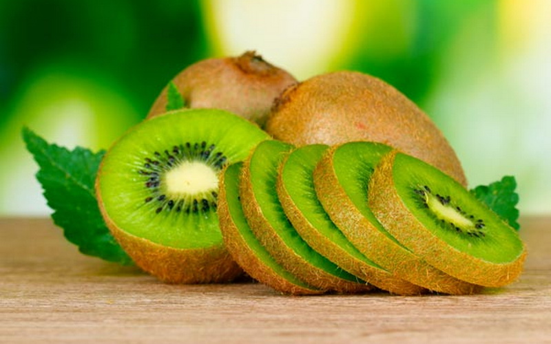 https: img-z.okeinfo.net content 2018 03 13 298 1871862 meski-manis-ini-6-jenis-buah-buahan-yang-aman-dikonsumsi-penderita-diabetes-Q0tQD9UQKp.jpg