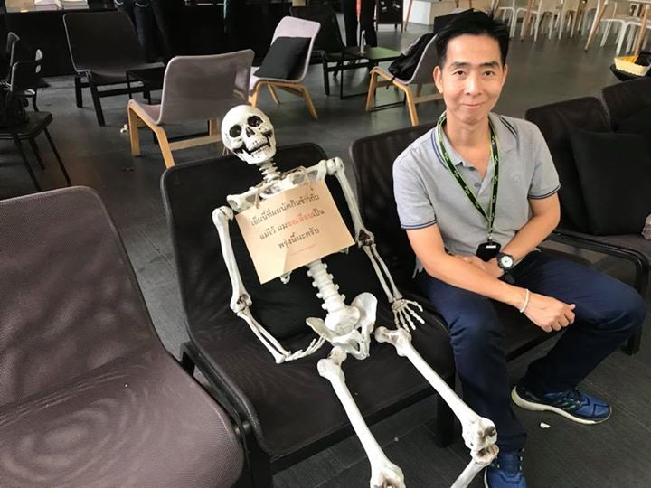 https: img-z.okeinfo.net content 2018 03 21 298 1875883 bikin-merinding-kafe-makam-di-thailand-yang-akan-mengingatkan-anda-pada-kematian-AUbBnjCRXa.jpg