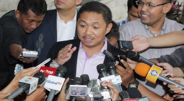 https: img-z.okeinfo.net content 2018 03 25 337 1877709 anis-matta-sebut-indonesia-bisa-kembali-menjadi-leader-di-asean-iJ2yIMGRGy.jpg