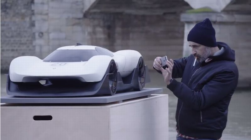 https: img-z.okeinfo.net content 2018 03 26 15 1877939 4-mobil-masa-depan-porsche-pertama-dibuat-untuk-mengenang-pembalap-le-mans-iPuxj9aawc.jpg