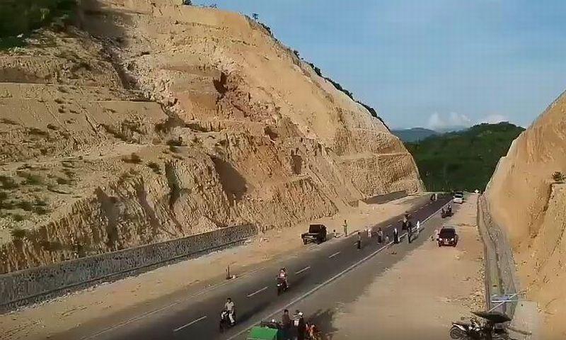 https: img-z.okeinfo.net content 2018 03 26 406 1877757 gunung-potong-jadi-obyek-wisata-baru-gorontalo-ES4FehIv0I.JPG